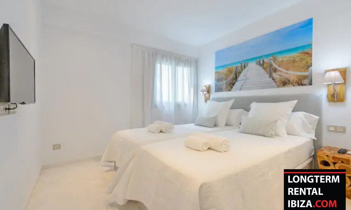 Long term rental Ibzia - Apartment Royal beach 14
